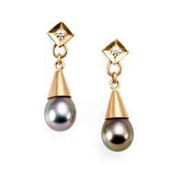 Tahitian Pearl Drop Earrings in 18k yellow gold by Tamberlaine