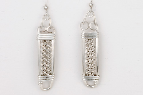 Braided earrings in silver by Tamberlaine