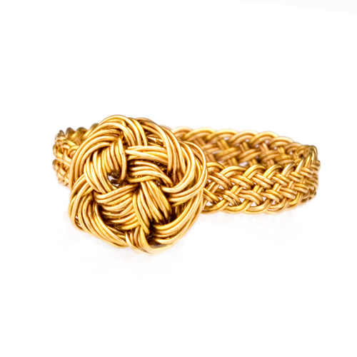 Braided ring in 18k gold with Turk's head knot by Tamberlaine