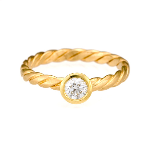 Stack Twist Ring 18k gold, Diamond